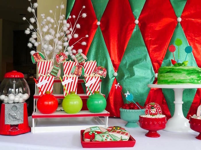 Christmas tablescape from an Ugly Sweater Party on Kara's Party Ideas | KarasPartyIdeas.com (19)