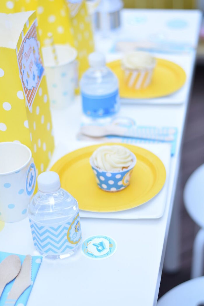 Guest table settings from a Cinderella Birthday Party on Kara's Party Ideas | KarasPartyIdeas.com (27)