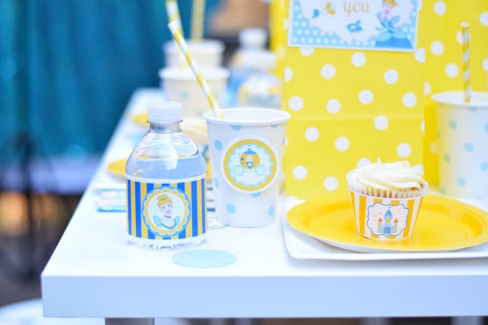 Place setting from a Cinderella Birthday Party on Kara's Party Ideas | KarasPartyIdeas.com (20)