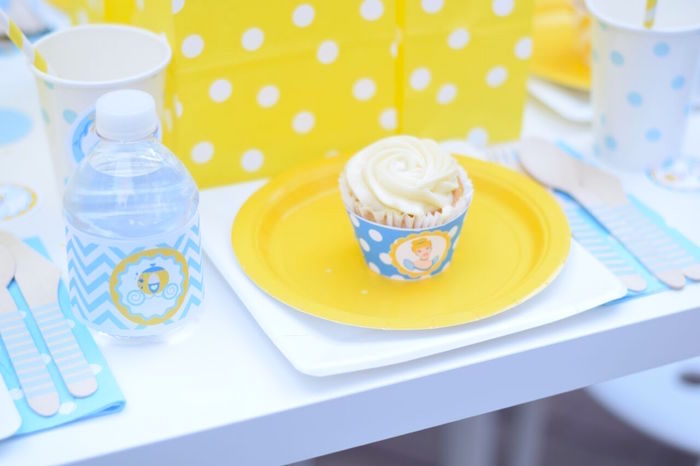 Place setting from a Cinderella Birthday Party on Kara's Party Ideas | KarasPartyIdeas.com (19)
