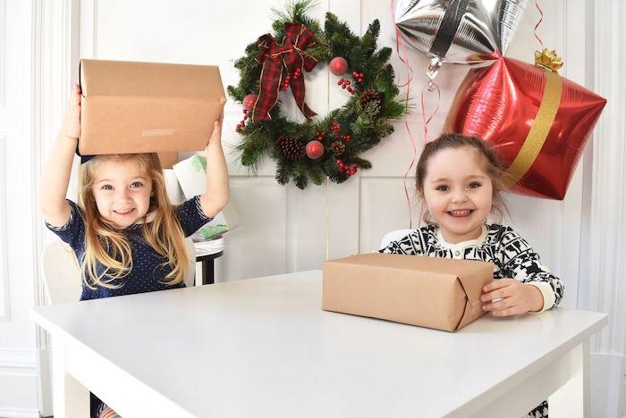 DIY Holiday Gift Wrap Ideas on Kara's Party Ideas | KarasPartyIdeas.com (34)