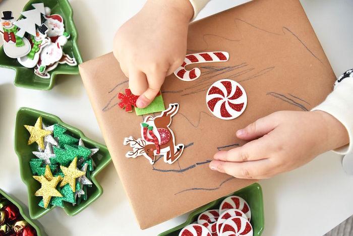DIY Holiday Gift Wrap Ideas on Kara's Party Ideas | KarasPartyIdeas.com (30)