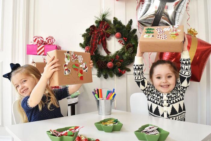 DIY Holiday Gift Wrap Ideas on Kara's Party Ideas | KarasPartyIdeas.com (27)