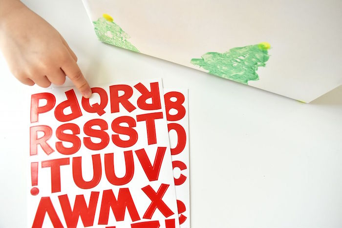 DIY Holiday Gift Wrap Ideas on Kara's Party Ideas | KarasPartyIdeas.com (26)
