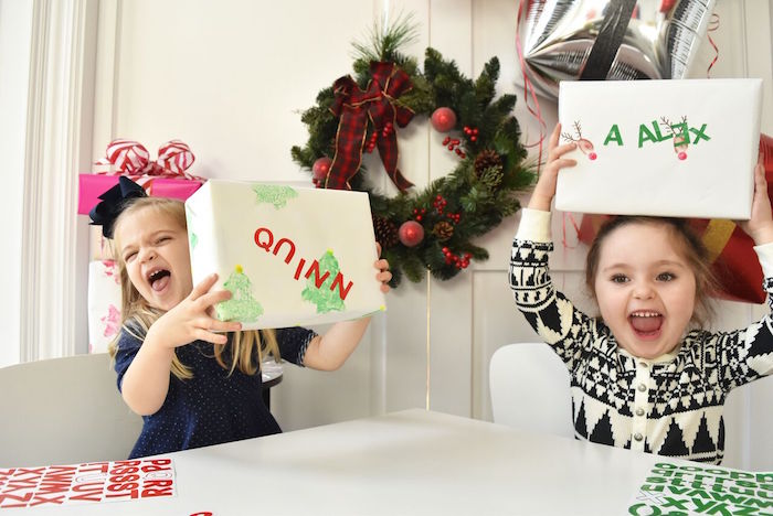 DIY Holiday Gift Wrap Ideas on Kara's Party Ideas | KarasPartyIdeas.com (24)