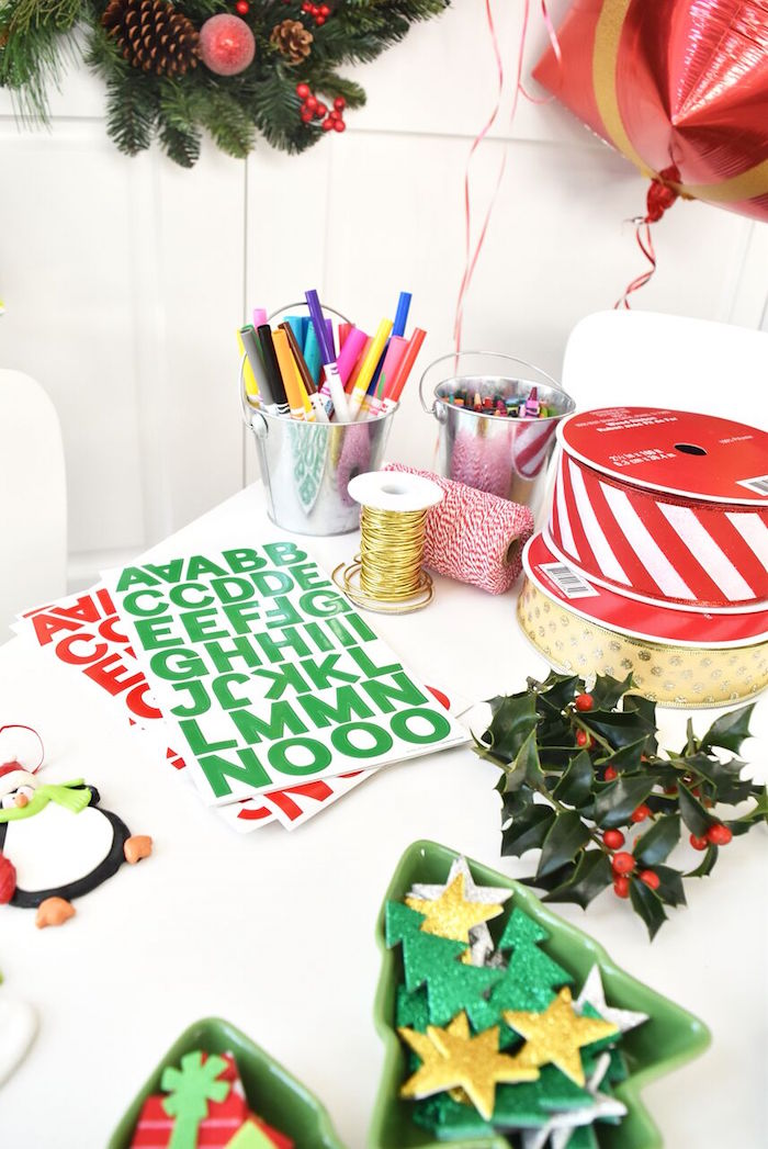 DIY Holiday Gift Wrap Ideas on Kara's Party Ideas | KarasPartyIdeas.com (15)