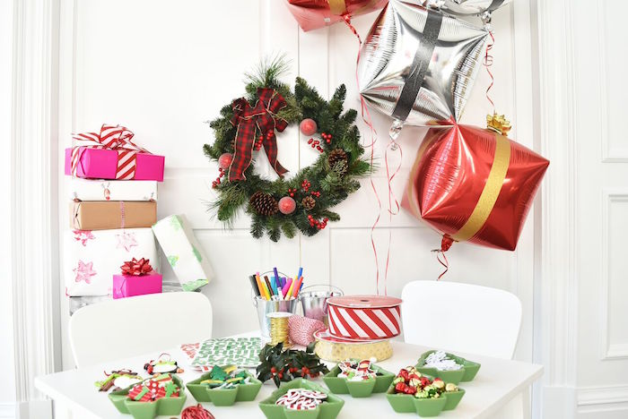 DIY Holiday Gift Wrap Ideas on Kara's Party Ideas | KarasPartyIdeas.com (13)