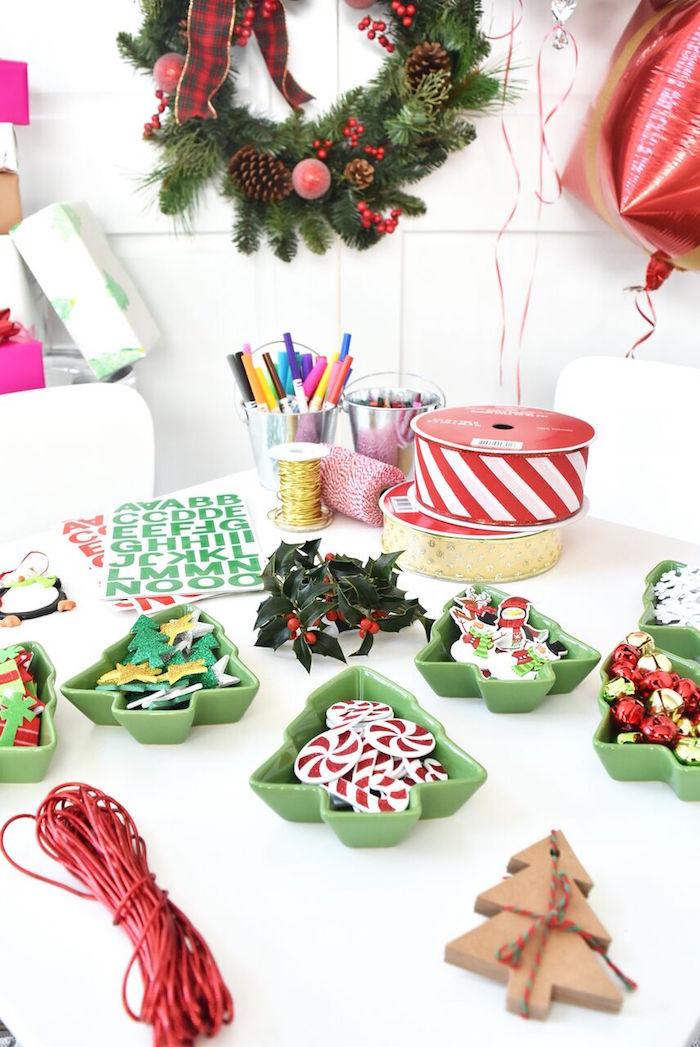 DIY Holiday Gift Wrap Ideas on Kara's Party Ideas | KarasPartyIdeas.com (11)