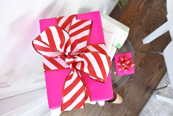 DIY Holiday Gift Wrap Ideas on Kara's Party Ideas | KarasPartyIdeas.com (10)