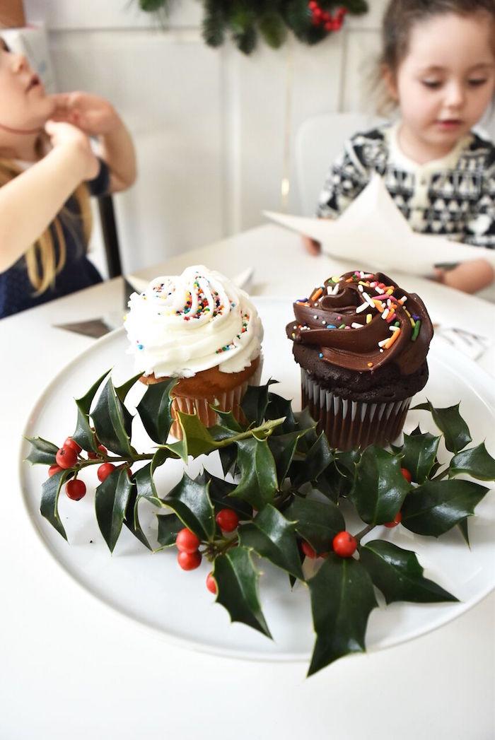DIY Holiday Gift Wrap Ideas on Kara's Party Ideas | KarasPartyIdeas.com (8)