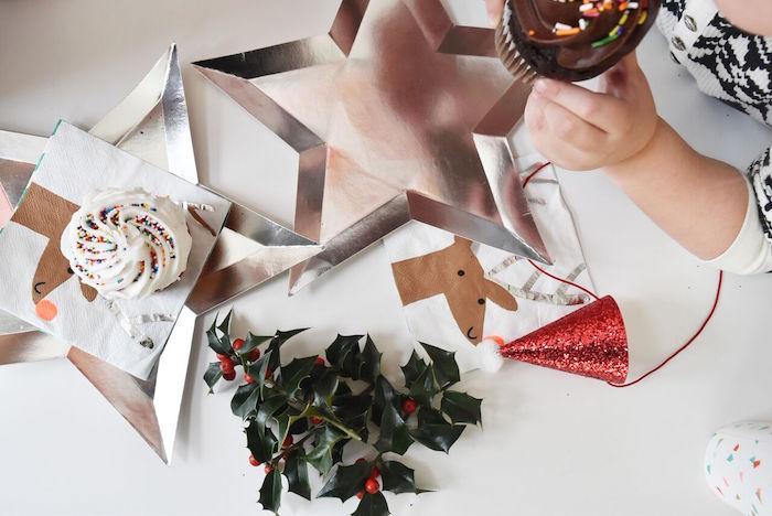 DIY Holiday Gift Wrap Ideas on Kara's Party Ideas | KarasPartyIdeas.com (6)