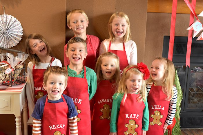 Awesome Team Christmas Party Ideas Part - 12: Personalized Childrenu0027s Aprons From A Gingerbread Decorating Holiday Christmas  Party On Karau0027s Party Ideas | KarasPartyIdeas