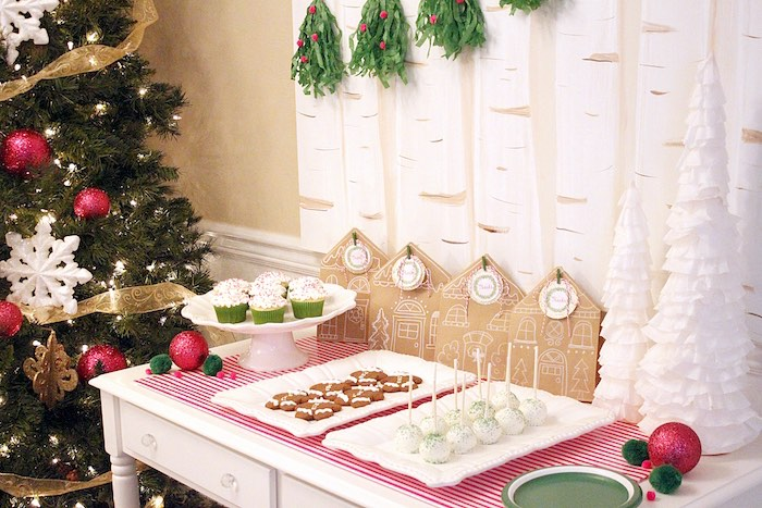Gingerbread House Decorating Party on Kara's Party Ideas | KarasPartyIdeas.com (29)