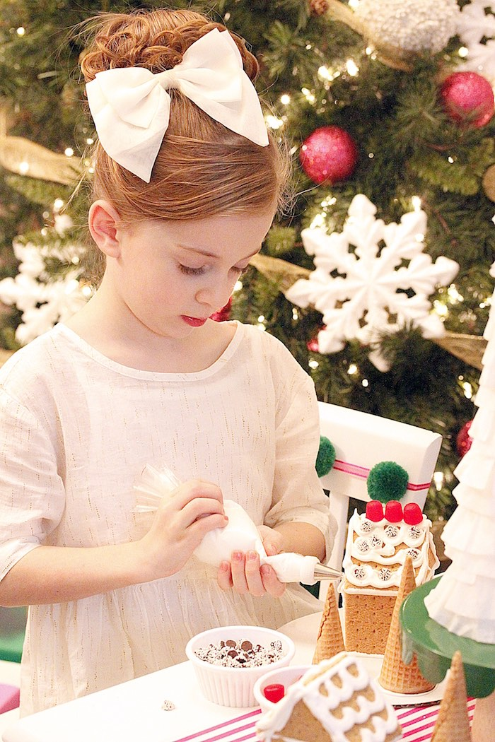 Gingerbread House Decorating Party on Kara's Party Ideas | KarasPartyIdeas.com (18)