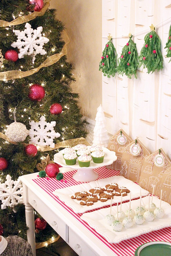 Kara S Party Ideas Gingerbread House Decorating Party