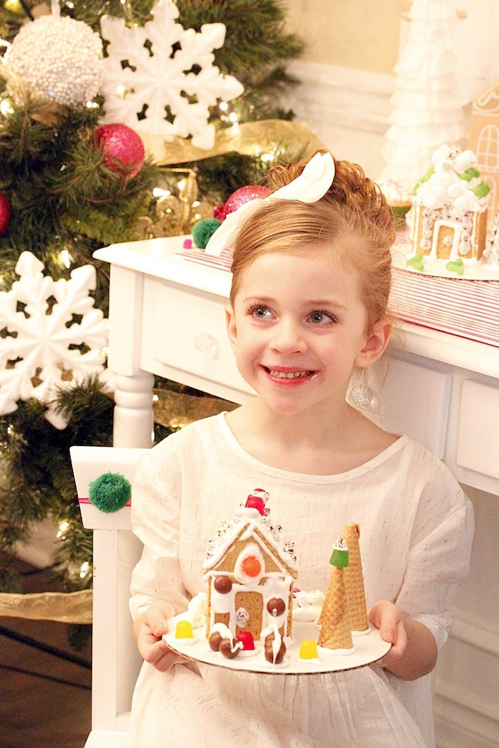 Gingerbread House Decorating Party on Kara's Party Ideas | KarasPartyIdeas.com (6)