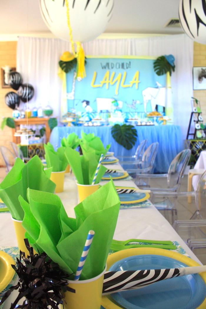 Safari tablescape from a Girly Wild Safari Birthday Party on Kara's Party Ideas | KarasPartyIdeas.com (4)