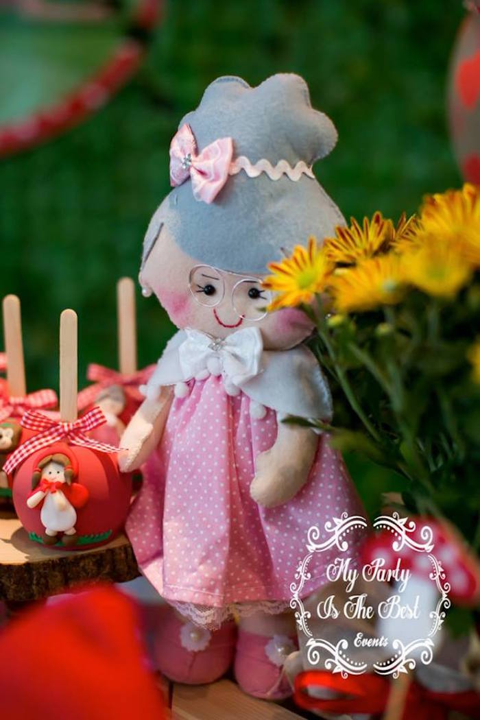 Granny plush from a Little Red Riding Hood Birthday Party on Kara's Party Ideas | KarasPartyIdeas.com (7)