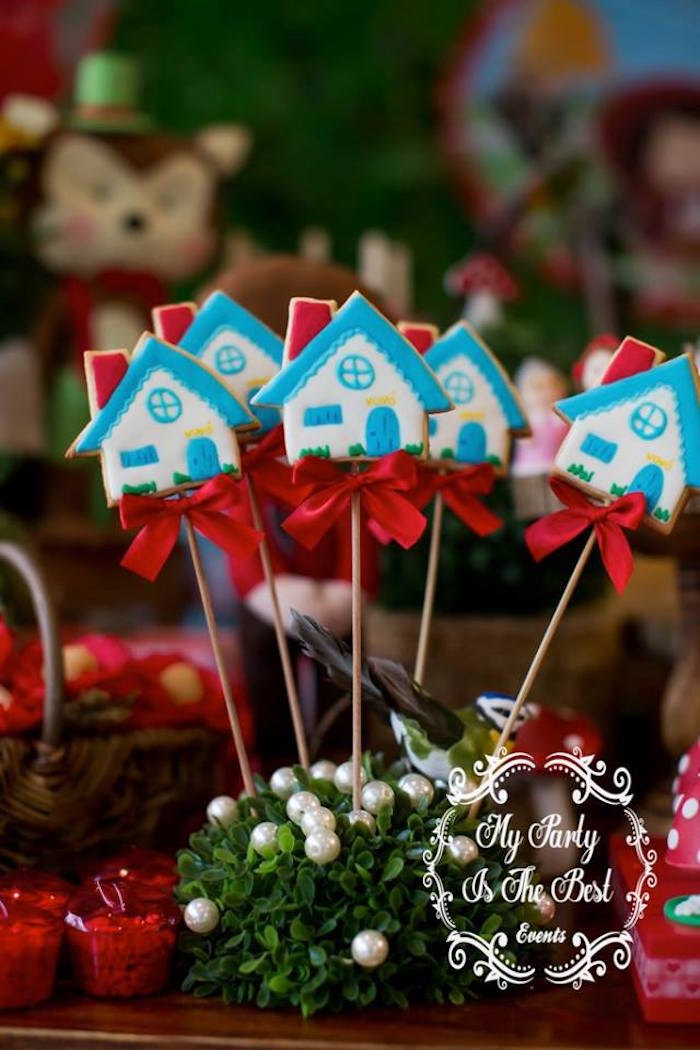 House cookie pops from a Little Red Riding Hood Birthday Party on Kara's Party Ideas | KarasPartyIdeas.com (37)