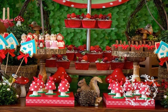 Sweets from a Little Red Riding Hood Birthday Party on Kara's Party Ideas | KarasPartyIdeas.com (34)