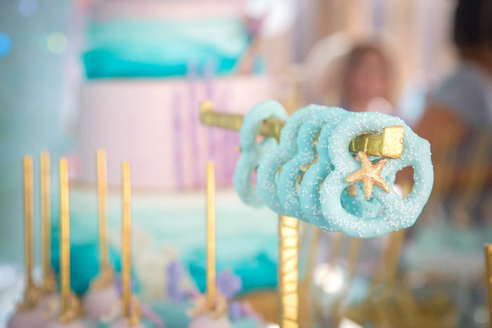 Under the sea chocolate pretzels from a Mermaid Birthday Party on Kara's Party Ideas | KarasPartyIdeas.com (22)