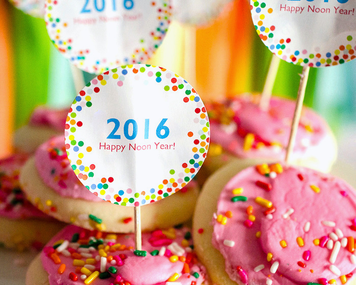 2016 confetti toppers from a Noon Year's Eve Party for Littles on Kara's Party Ideas | KarasPartyIdeas (6)