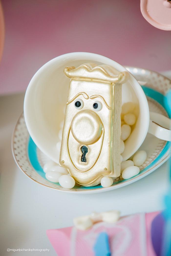 Alice in Wonderland door handle cookie from