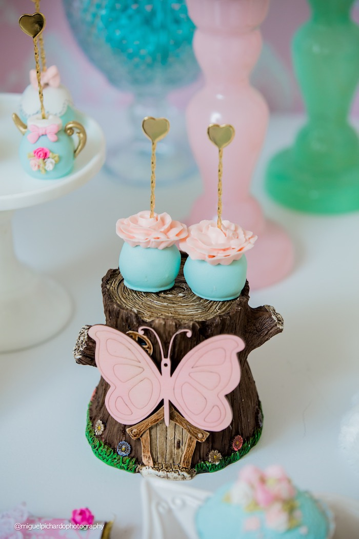 Karas Party Ideas Pastel Glam Alice in