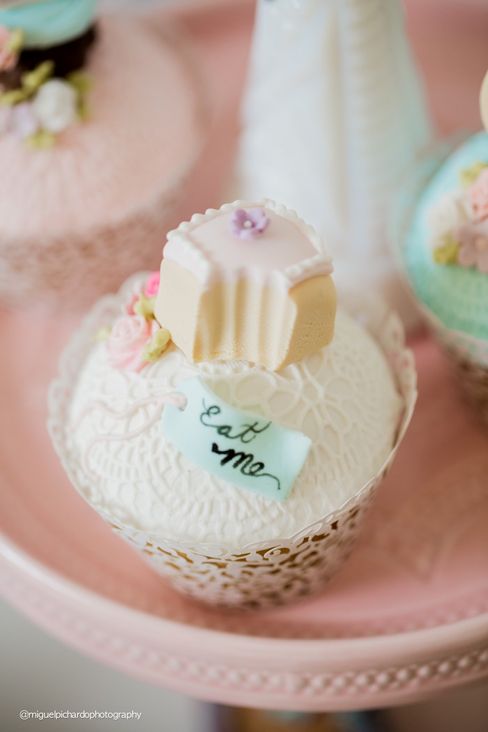 Alice in Wonderland cupcake from a Pastel Glam Alice in Wonderland Birthday Party on Kara's Party Ideas | KarasPartyIdeas.com (19)