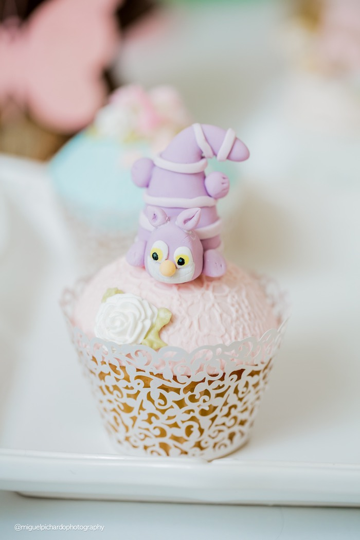 Cheshire Cat cupcake from a Pastel Glam Alice in Wonderland Birthday Party on Kara's Party Ideas | KarasPartyIdeas.com (14)