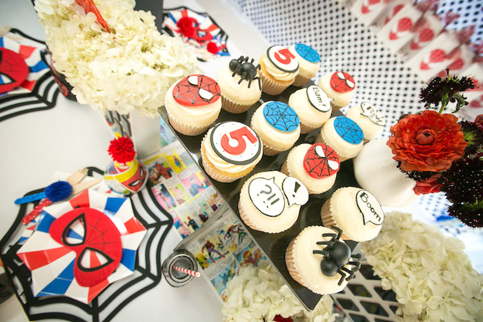 Guest tabletop from a Spectacular Spider Man Birthday Party on Kara's Party Ideas | KarasPartyIdeas.com (37)