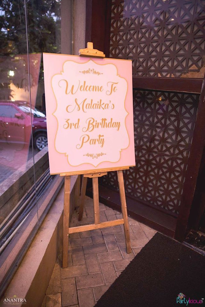 Welcome sign from a Pink Ballerina Birthday Party on Kara's Party Ideas | KarasPartyIdeas.com (19)