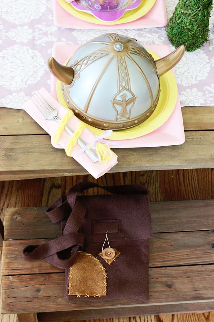 Place setting from a Rapunzel Birthday Party on Kara's Party Ideas | KarasPartyIdeas.com (19)