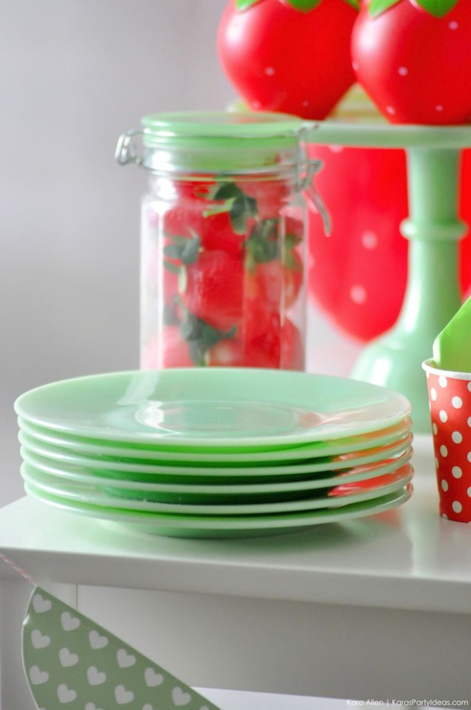 Love the jadeite plates! Berry Sweet Strawberry Valentine's Day Party with FREE printables! By Kara's Party Ideas for Canon.