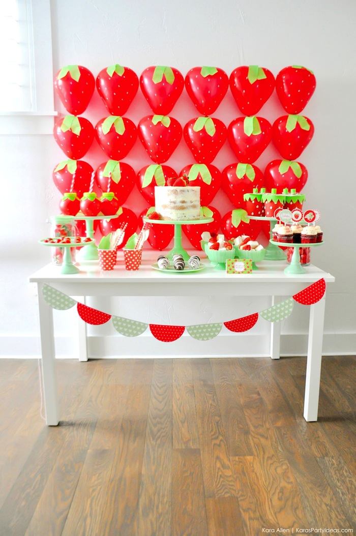 Kara S Party Ideas Berry Sweet Strawberry Valentine S Day Party