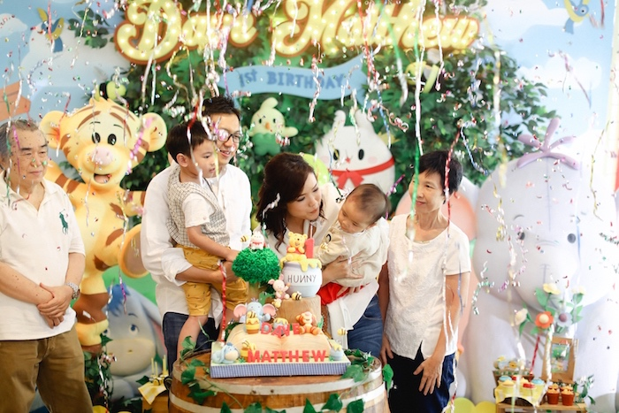 Winnie the Pooh 1st Birthday Party on Kara's Party Ideas | KarasPartyIdeas.com (16)