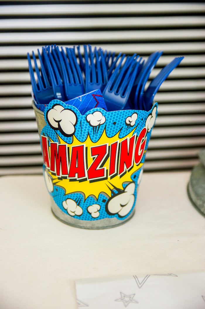 """Amazing"" utensil bucket from a Wonder Woman Superhero Birthday Party on Kara's Party Ideas 