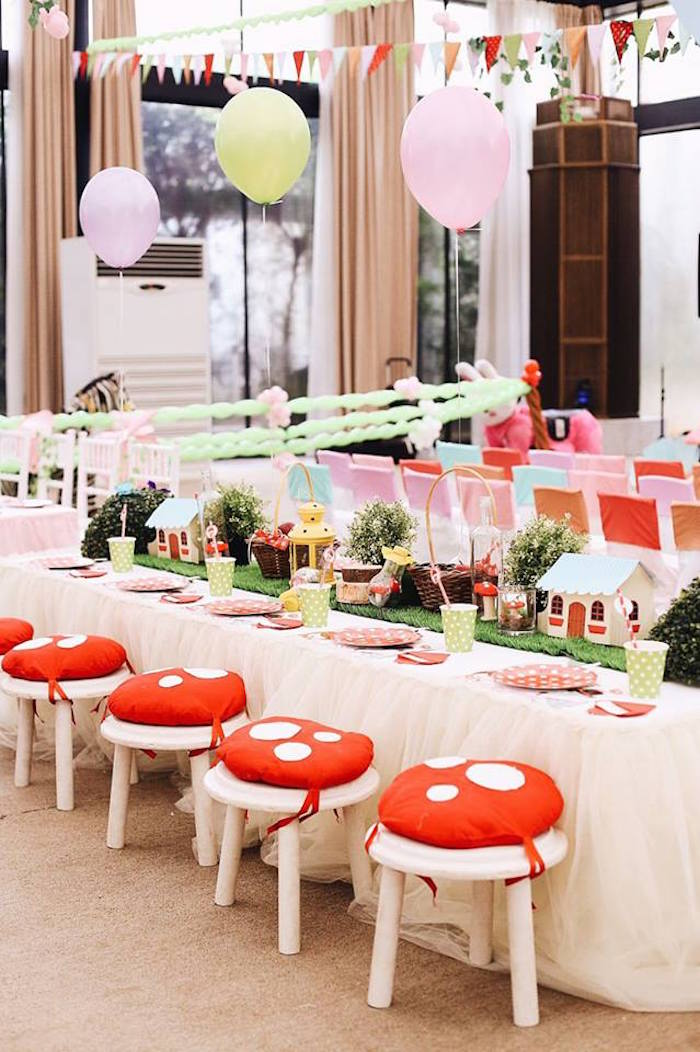 Woodland guest table from a Woodland Little Red Riding Hood Party on Kara's Party Ideas | KarasPartyIdeas.com (8)