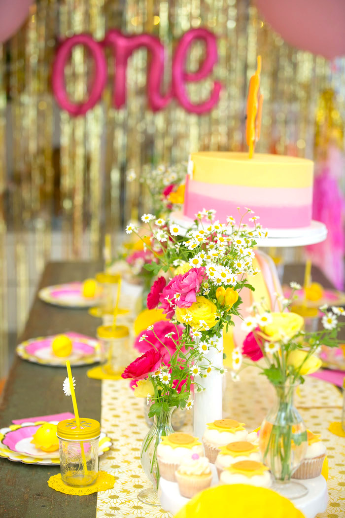 Guest tablescape from a You Are My Sunshine Birthday Party on Kara's Party Ideas | KarasPartyIdeas.com (15)