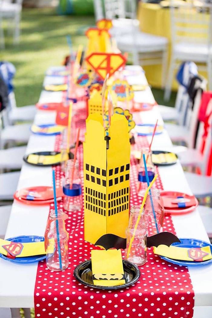 Guest tablescape from a Calling All Superheroes Birthday Party on Kara's Party Ideas | KarasPartyIdeas.com (11)