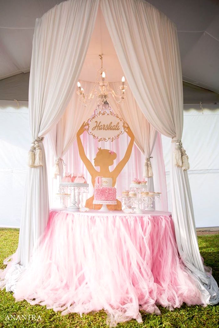 Kara 39 s party ideas elegant ballerina birthday party kara for Baby girl birthday party decoration ideas