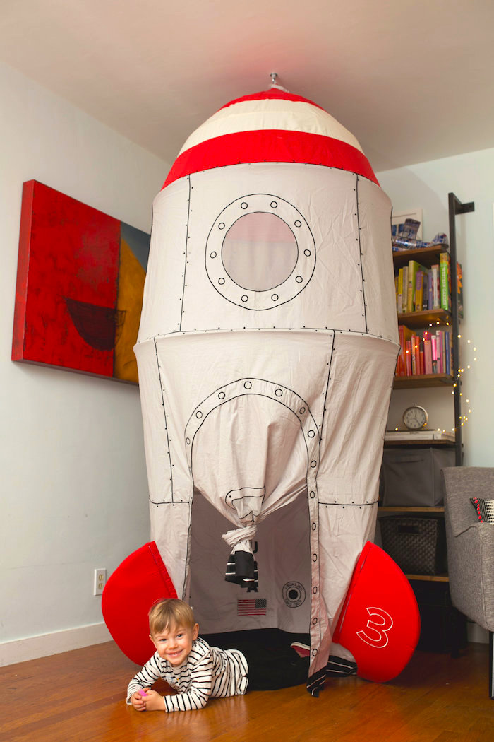 """Spaceship tent from a """"Fly Me to the Moon"""" Joint Birthday Party on Kara's Party Ideas 