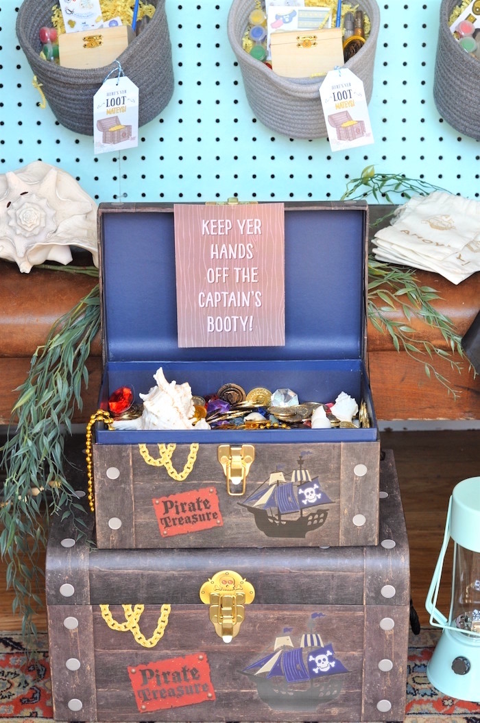 Treasure chests from a Girly Pirate Birthday Party on Kara's Party Ideas | KarasPartyIdeas.com (19)