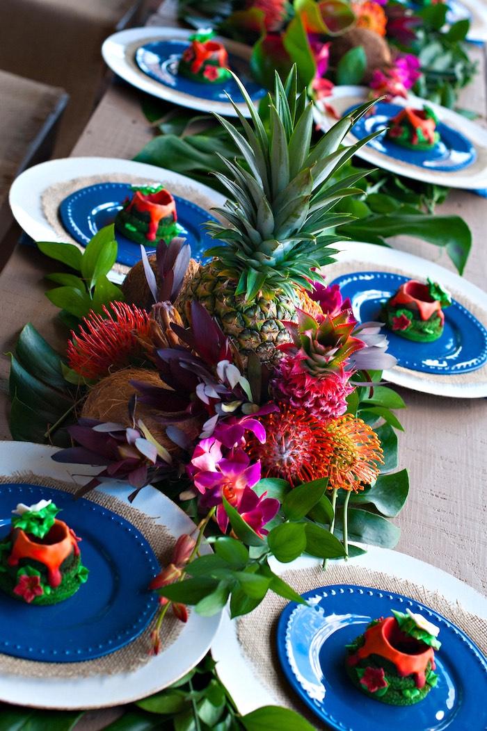 Hawaiian Theme Cake Table