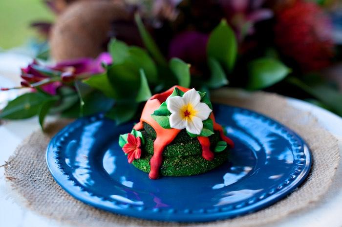Mini moss cake from a Moana Inspired Birthday Party on Kara's Party Ideas | KarasPartyIdeas.com (21)