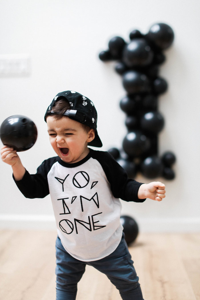 Monochromatic First Birthday Photo Shoot on Kara's Party Ideas | KarasPartyIdeas.com (7)
