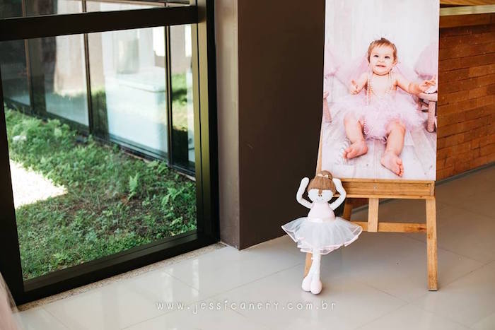 Canvas photo from a Pink Ballerina Birthday Party on Kara's Party Ideas | KarasPartyIdeas.com (25)