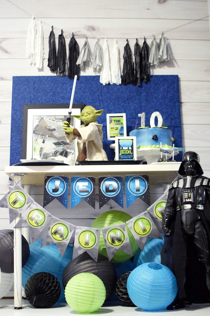 Mod Star Wars Birthday Party on Kara's Party Ideas | KarasPartyIdeas.com (17)