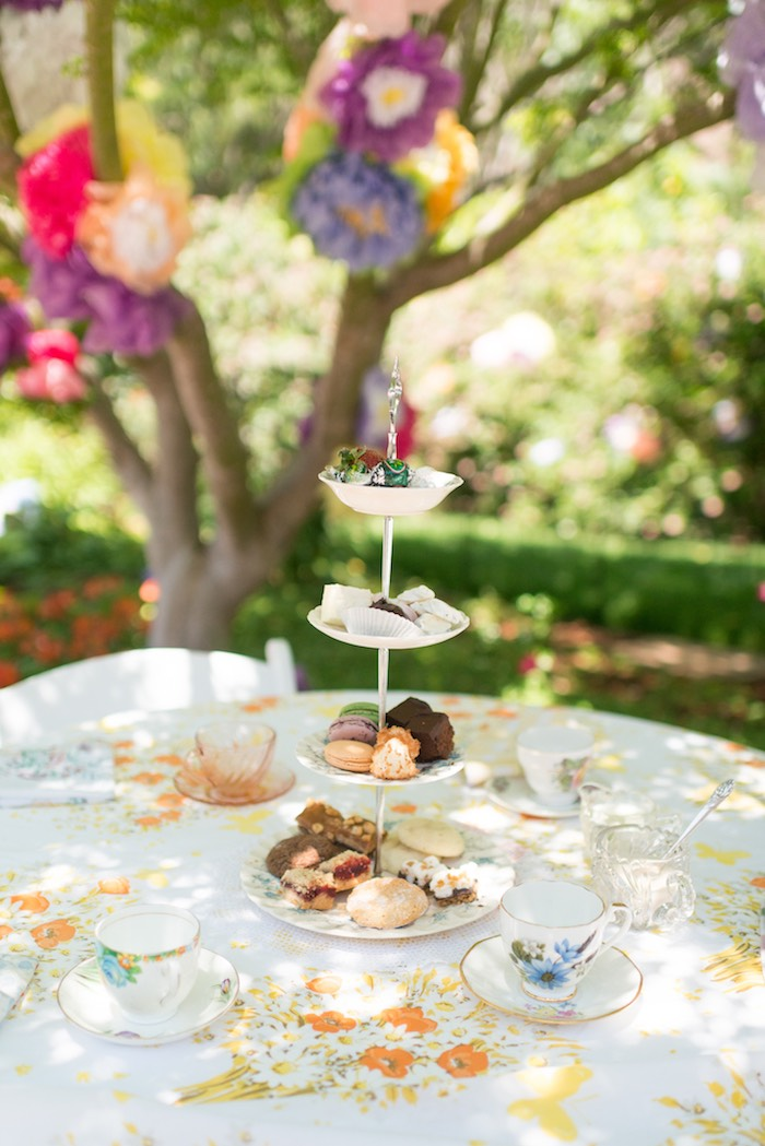 Guest table from a Vintage Retirement Tea Party on Kara's Party Ideas | KarasPartyIdeas.com (24)