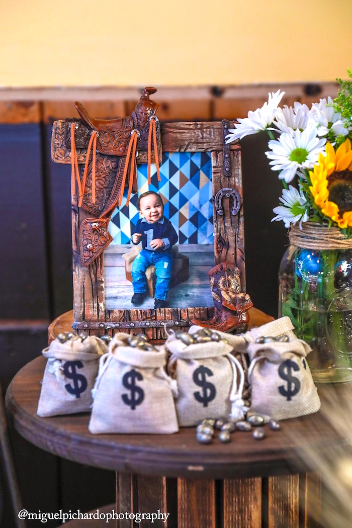 Money bags from a Western Cowboy Birthday Party on Kara's Party Ideas | KarasPartyIdeas.com (29)